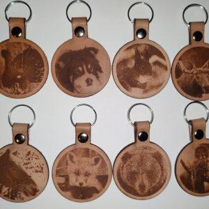 nahkaiset avaimenperät